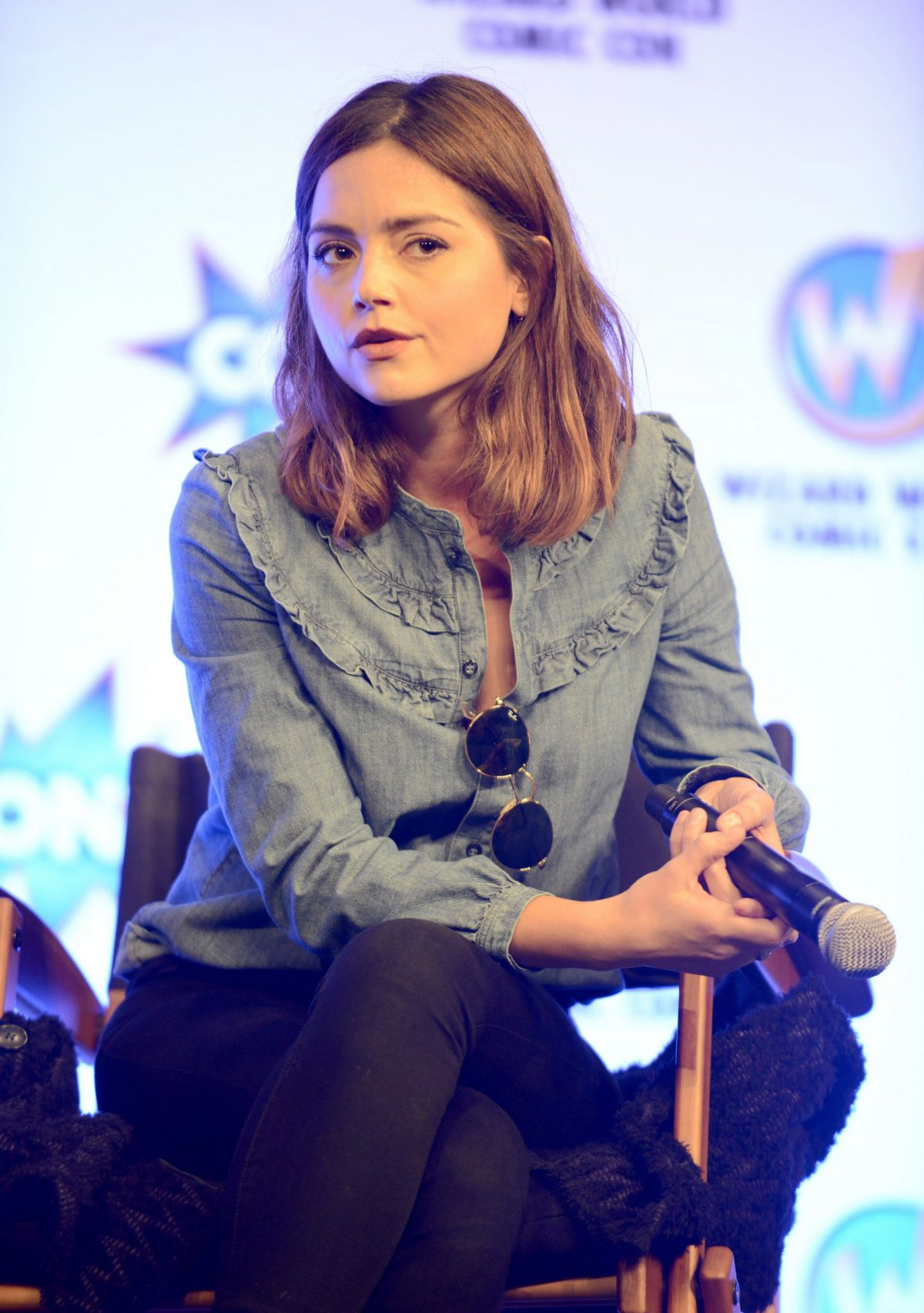 Jenna Coleman At Wizard World Comic Con In New Orleans