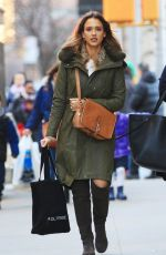 Jessica Alba Shopping In NYC