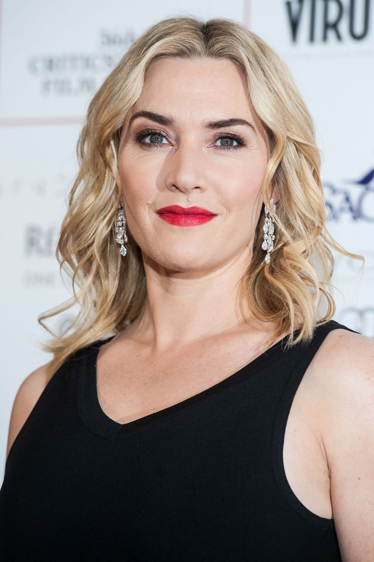 Kate Winslet At The Lo...