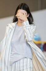 Kendall Jenner At Charles de Gaulle Airport