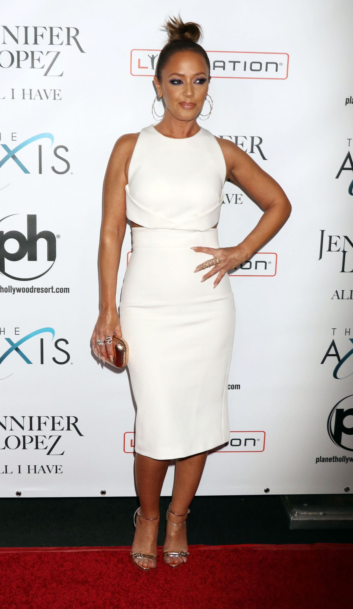 Leah Remini At Opening Night Of Jennifer Lopez