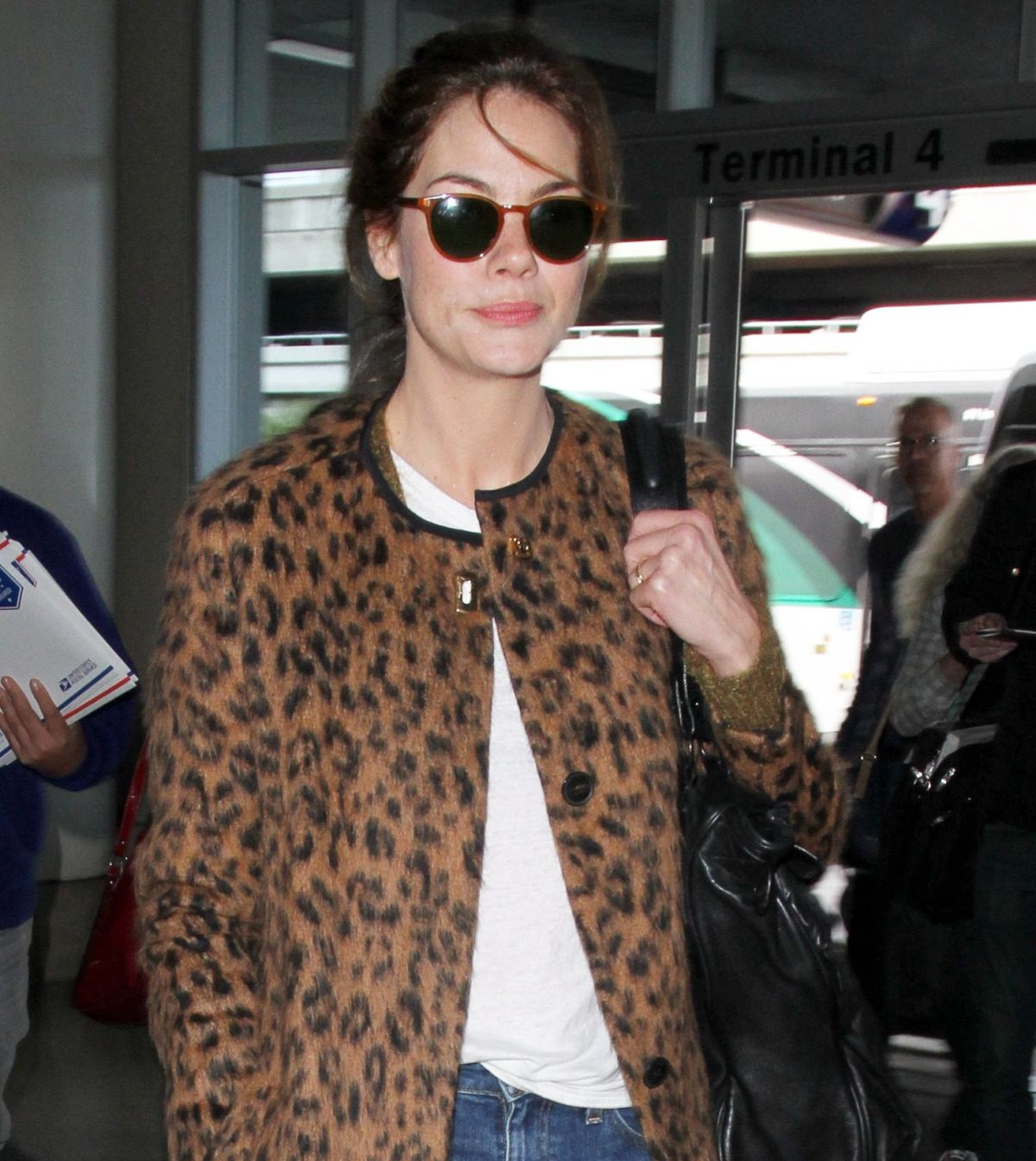 Michelle Monaghan At LAX