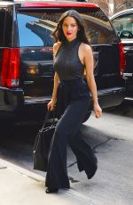 Olivia Munn Out For Lunch In NYC