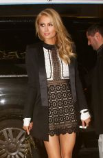 Paris Hilton Arriving At The Palm Restaurant In Beverly Hills