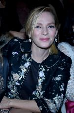Uma Thurman At Guo Pei Spring Summer 2016 At Paris Fashion Week