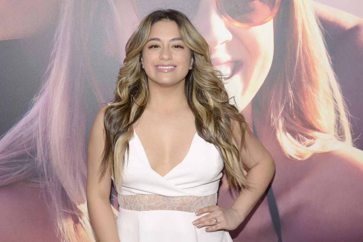 Ally Brooke At 'The Choice' Premiere In Hollywood ... Kim Kardashian Twitter