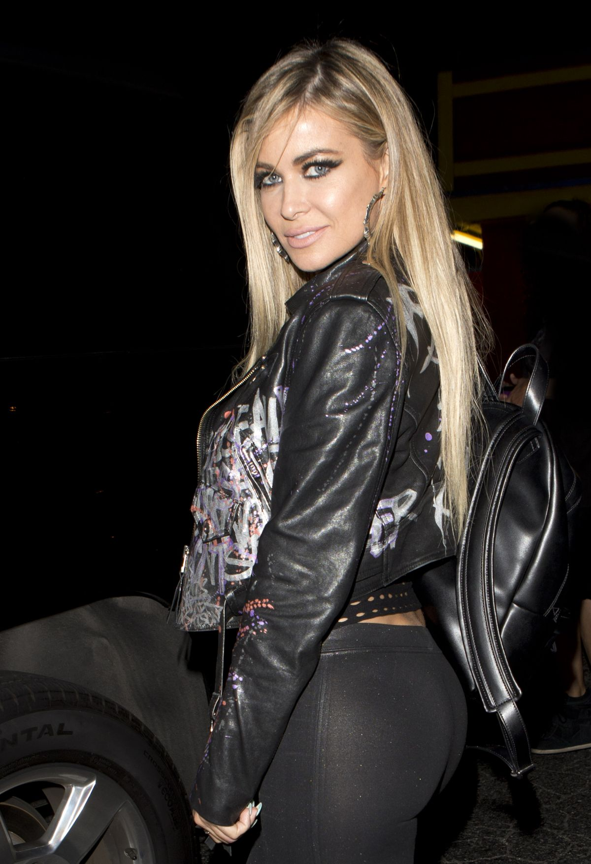 Carmen Electra Leaving The Abbey In West Hollywood - Celebzz - Celebzz