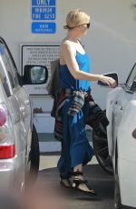Kate Hudson At A Spa In Santa Monica