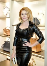 6c5b8754eb8d Renee Olstead At Fendi And Vogue Celebrate Fendi Beverly Hills In Beverly  Hills