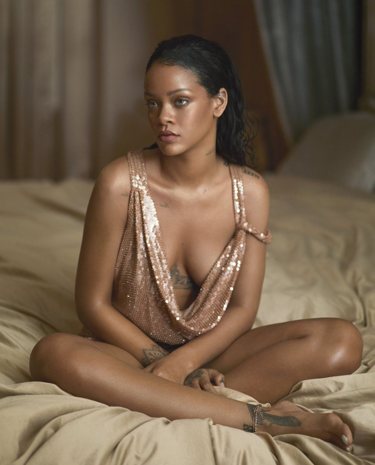 sexy pic of rihanna