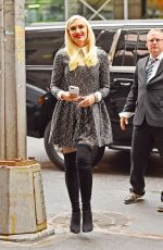 Gwen Stefani Out And About In Manhattan