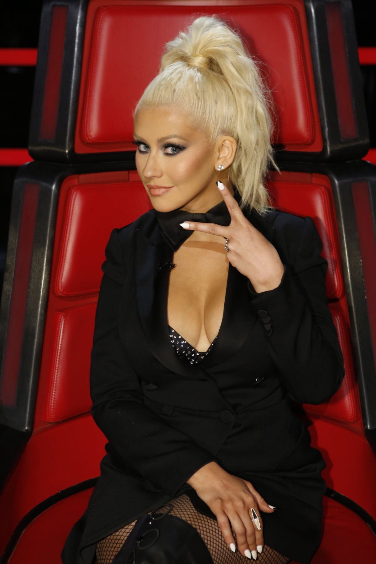 Christina Aguilera At The Voice Season Ten Promos Pics ...