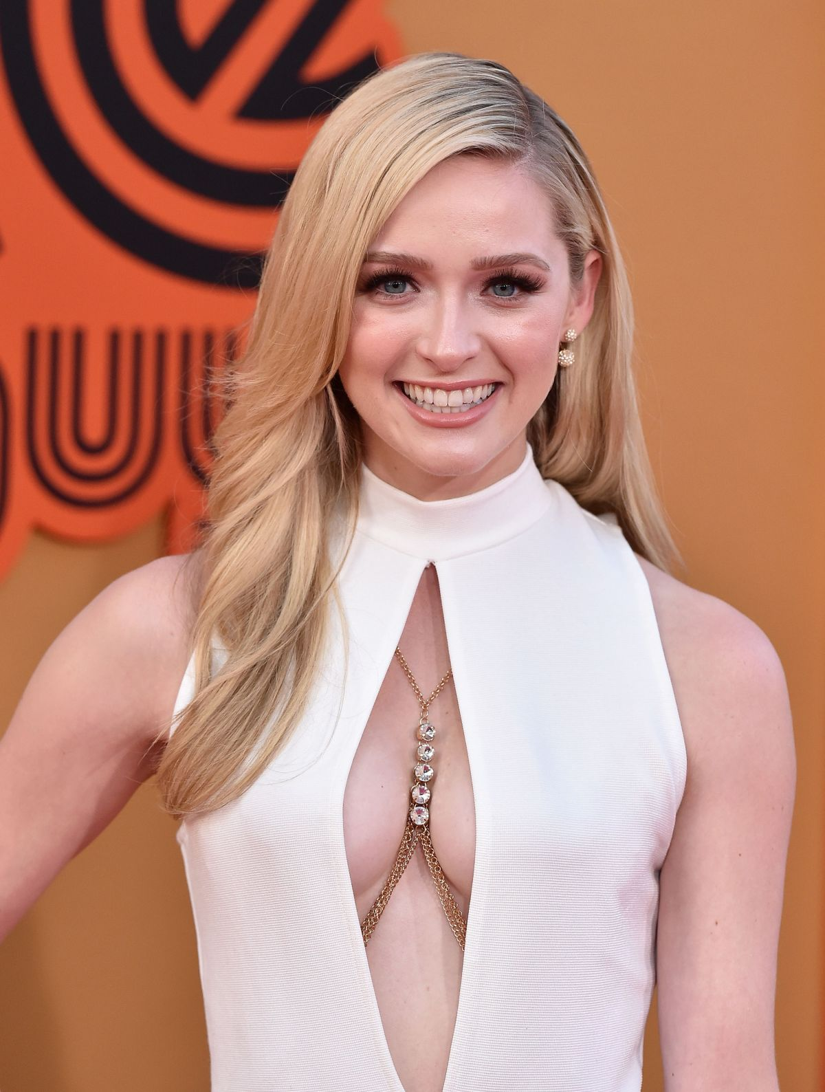 Greer Grammer At The Nice Guys Premiere In Hollywood ...