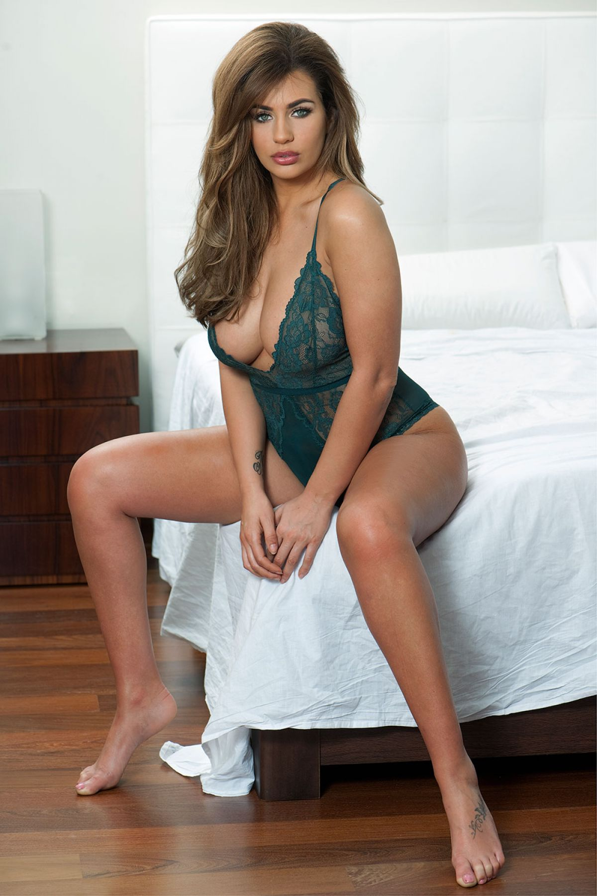 Holly Peers naked (75 photo) Is a cute, Facebook, butt