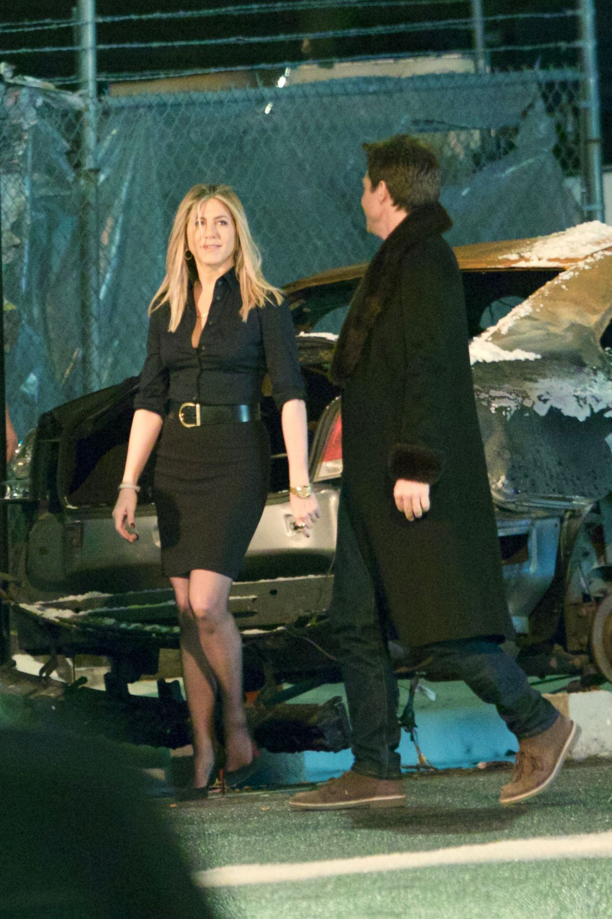 Jennifer Aniston On The Set Of \'Office Christmas Party\' In Atlanta ...