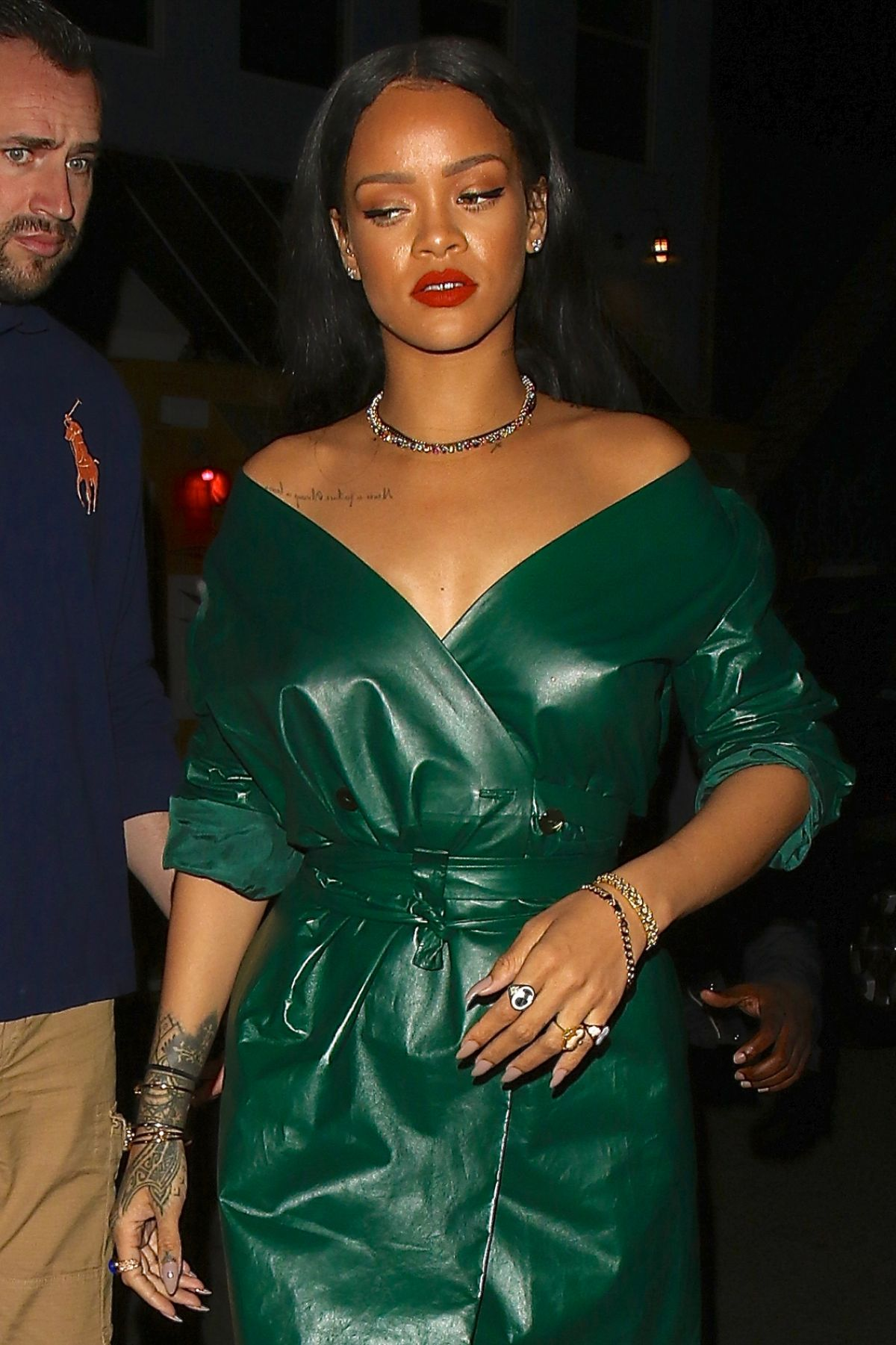 04c3088bf01e Rihanna Is Spotted Leaving Dinner At Giorgio Baldi - Celebzz