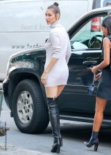 bella-hadid-out-in-new-york-city_3