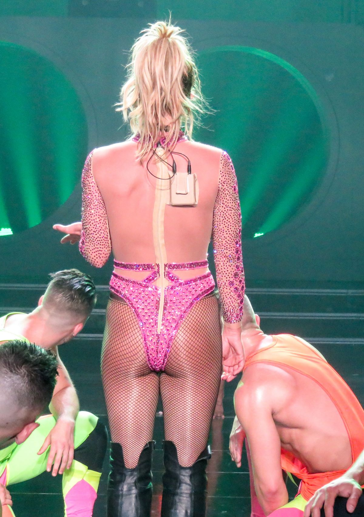 Britney spears at 39 piece of me 39 show at planet hollywood for Pool show vegas 2016