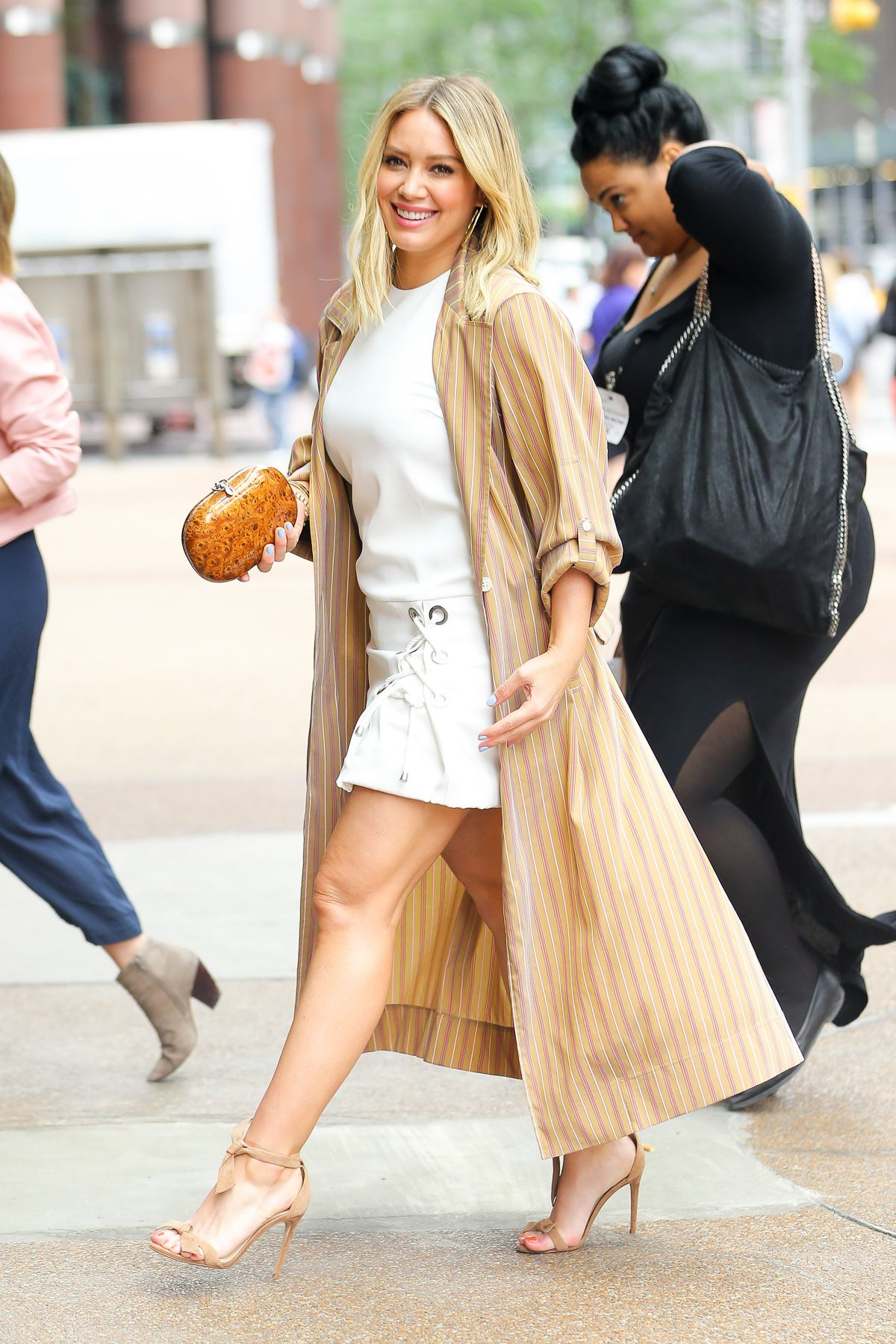 Hilary Duff Out In Nyc Celebzz
