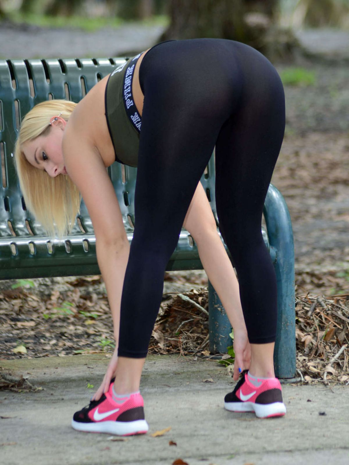 5ec825342953b Kate England In Tights and sports bra workout In Orlando - Celebzz