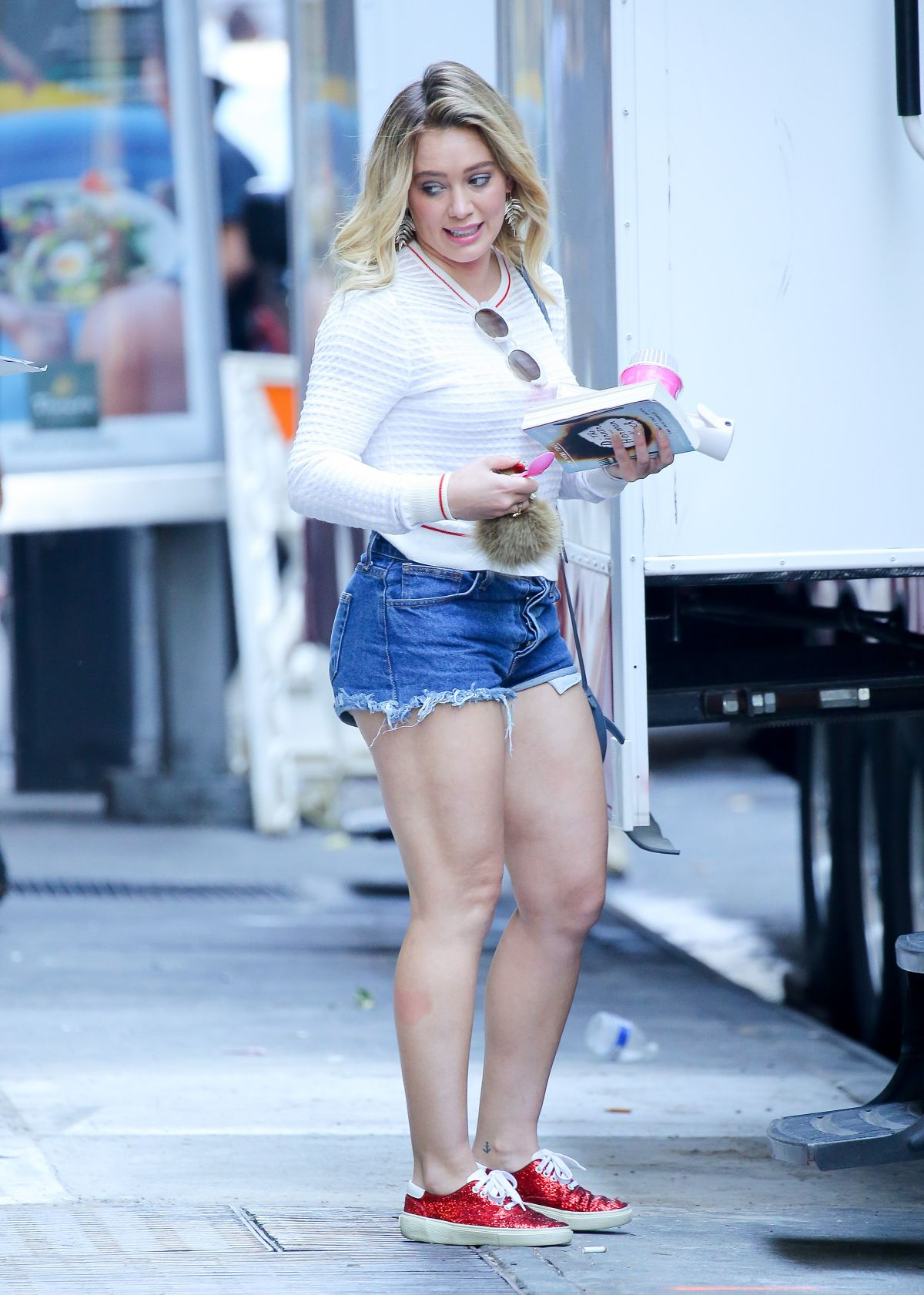 Young Hilary Duff naked (62 foto and video), Sexy, Cleavage, Feet, cameltoe 2015