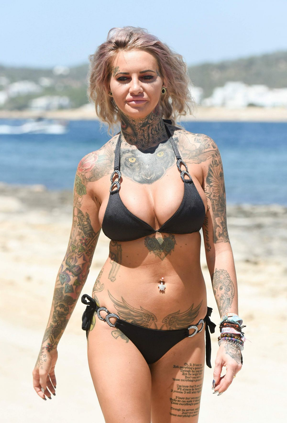 Jemma Lucy in Blue Bikini in Dubai Pic 8 of 35