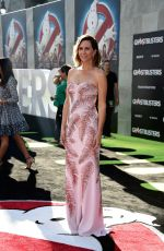 Kristen Wiig At Premiere of Sony Pictures