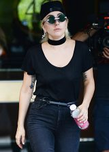 lady-gaga-leaving-her-apartment-in-nyc_2