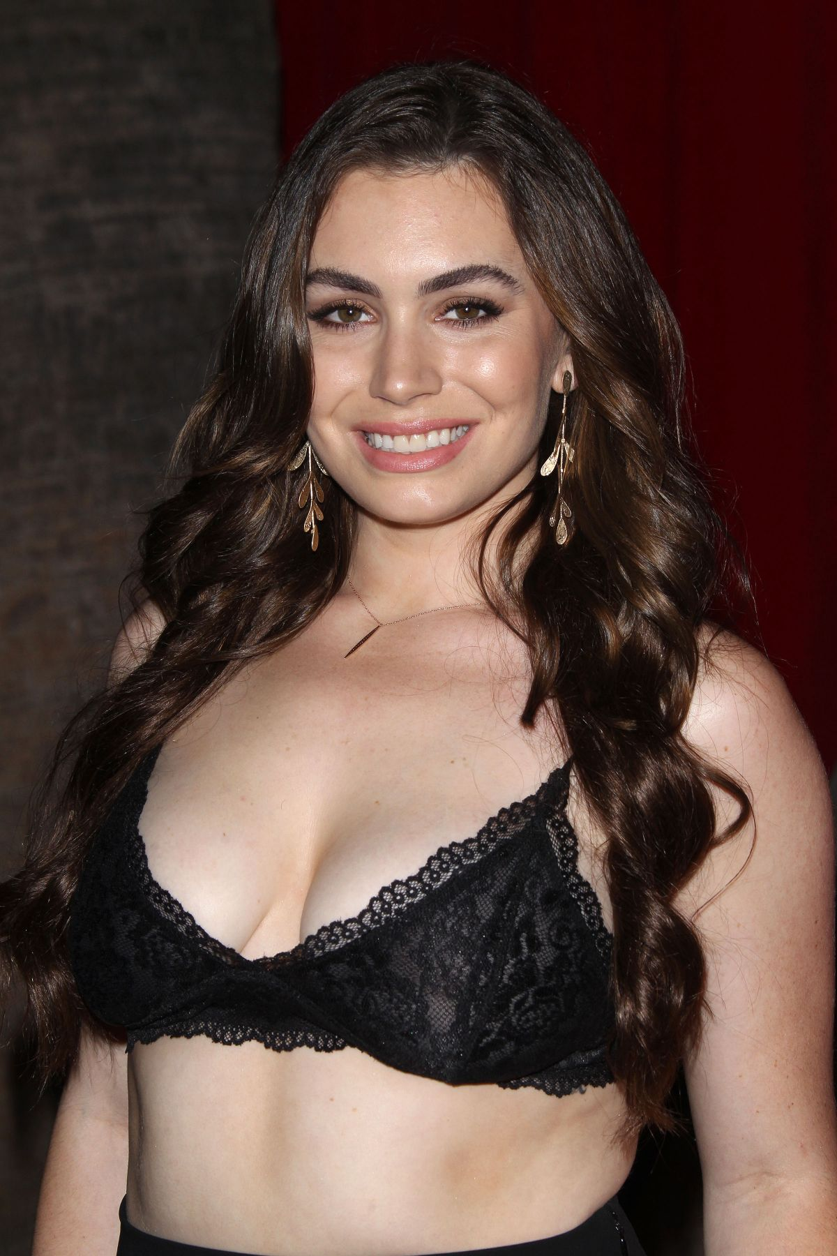 sophie simmons height