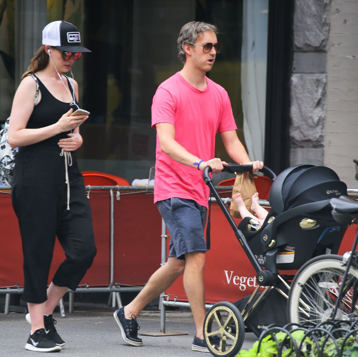 Anne Hathaway Out With Her Family In New York City