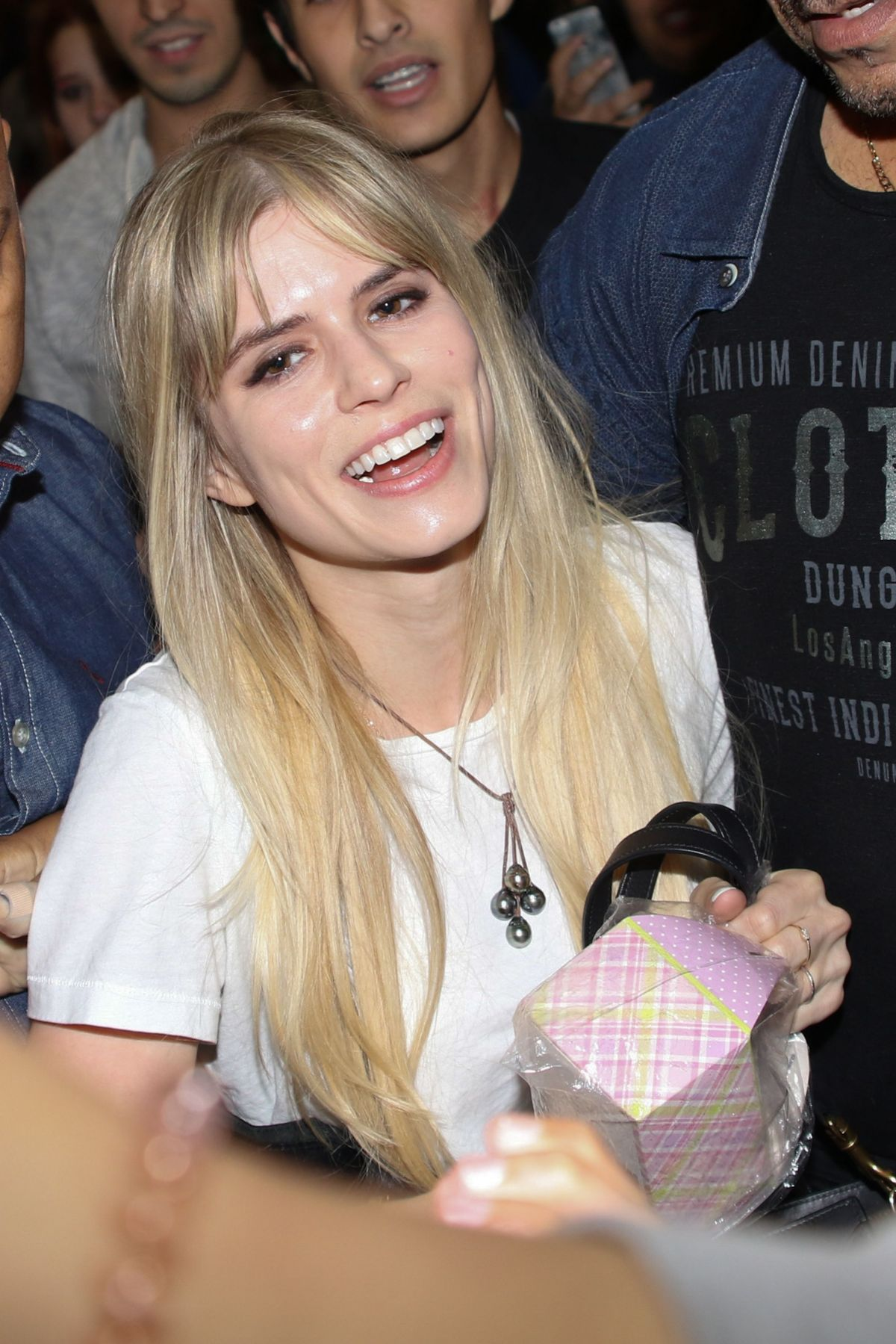 Paparazzi Carlson Young nudes (37 photo), Instagram