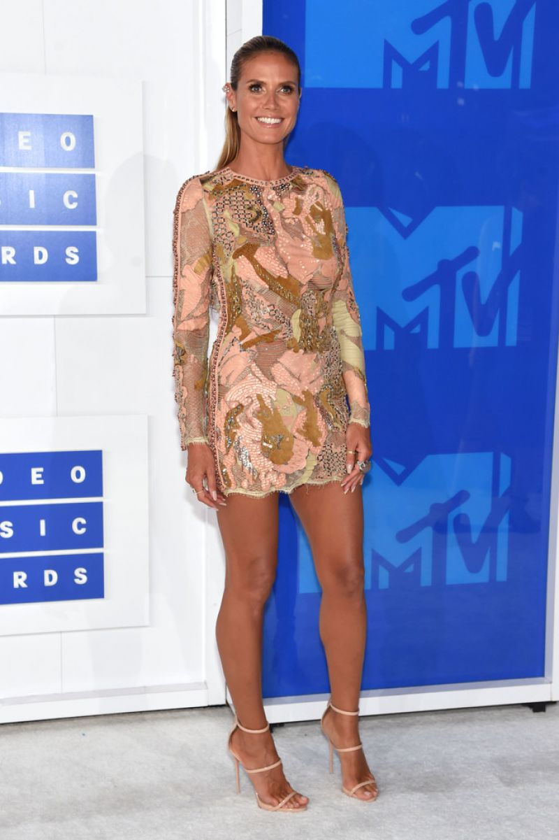 Heidi Klum At 2016 MTV VMAs in NYC