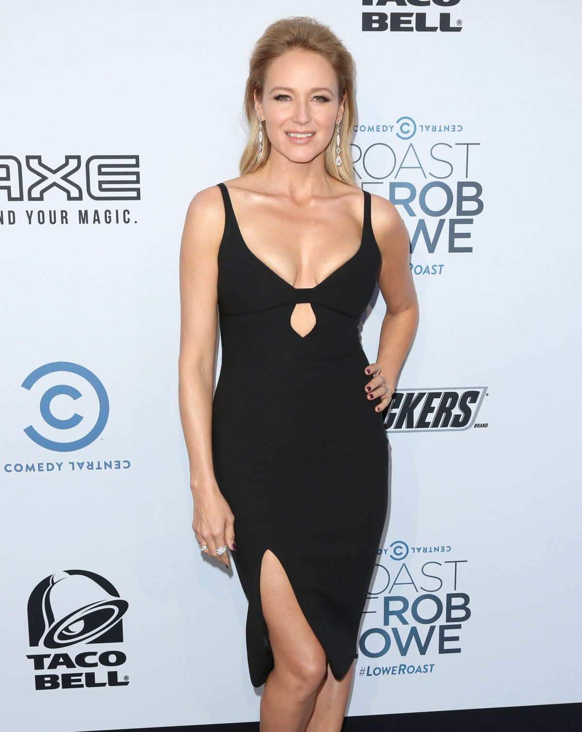 Jewel Kilcher At The Comedy Central Roast Of Rob Lowe In