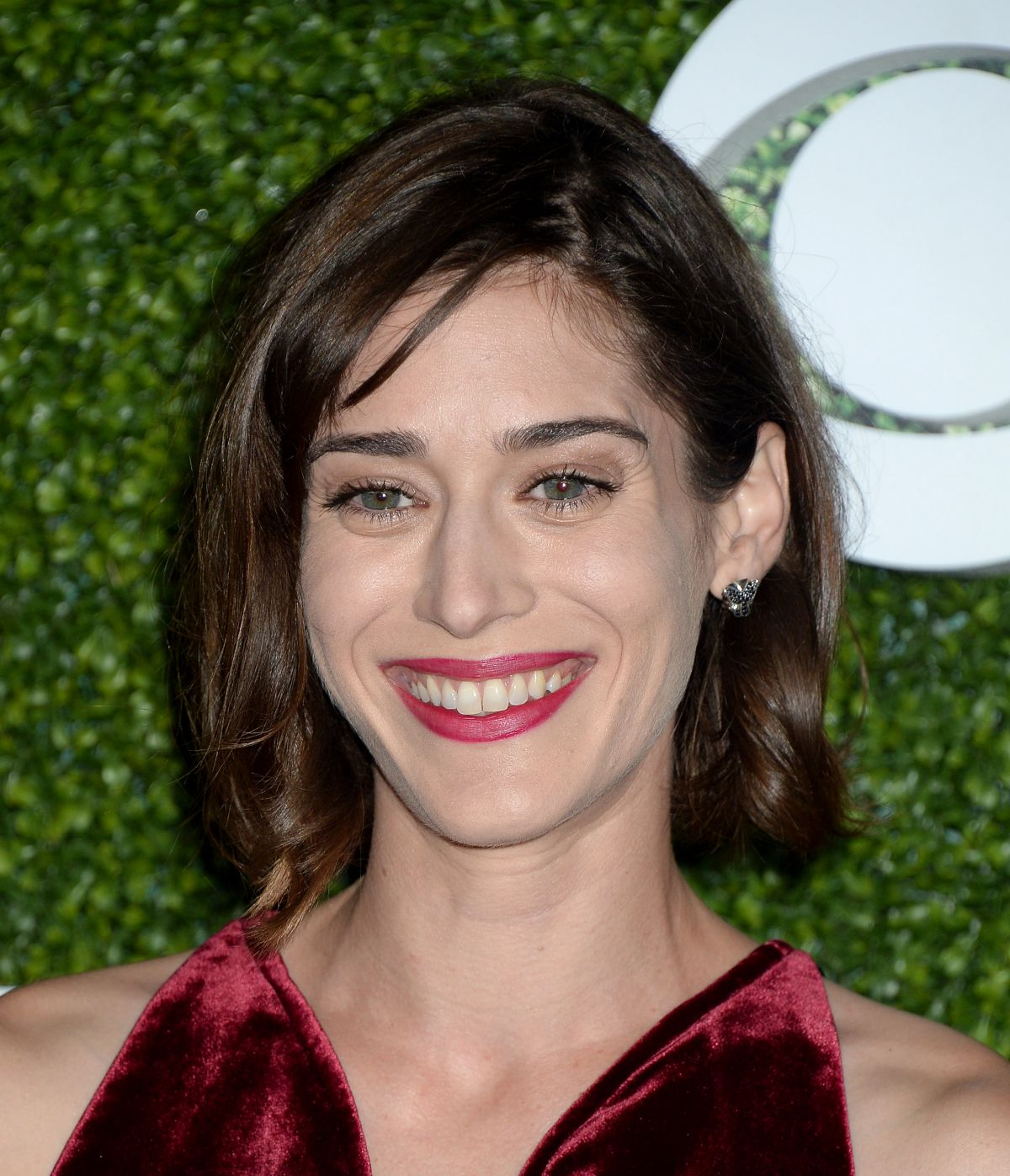 Lizzy caplan party down nude can