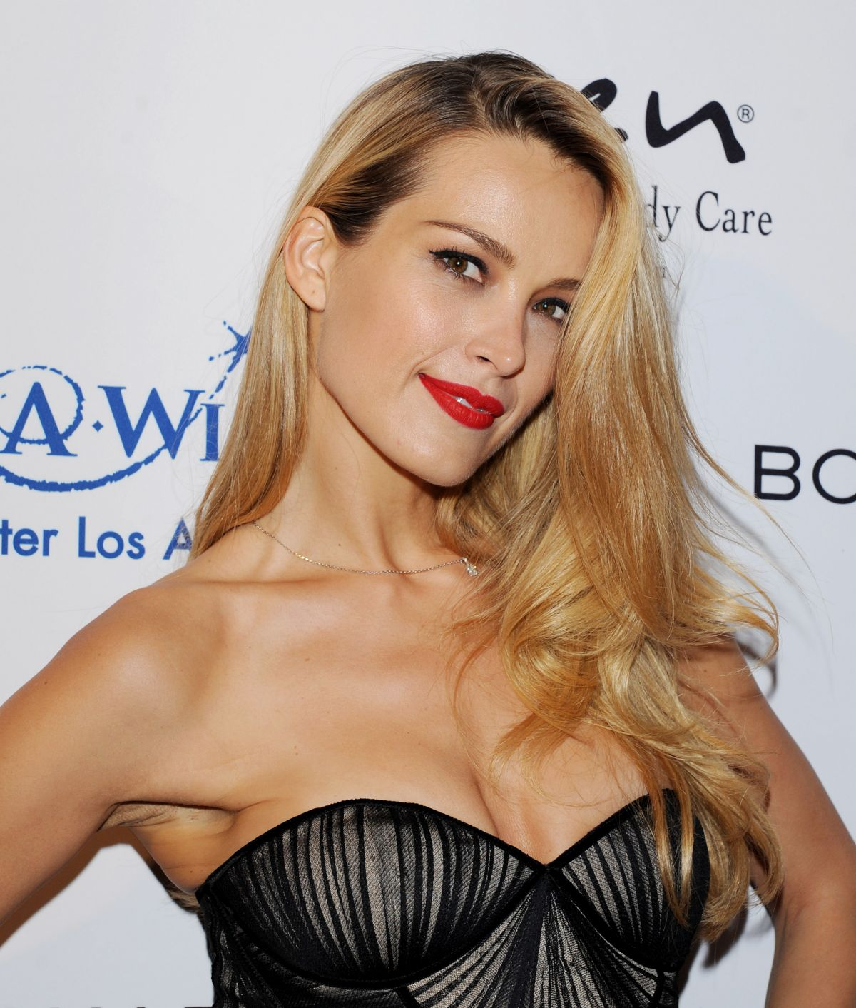 Petra Nemcova At Make-A-Wish Greater Los Angeles Fashion Fundraiser in Hollywood