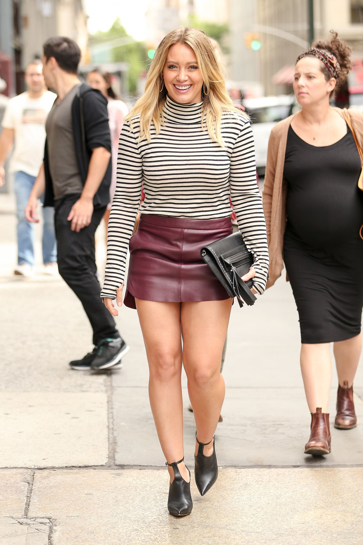 hilary duff heading to lunch with friends at abc kitchen in new