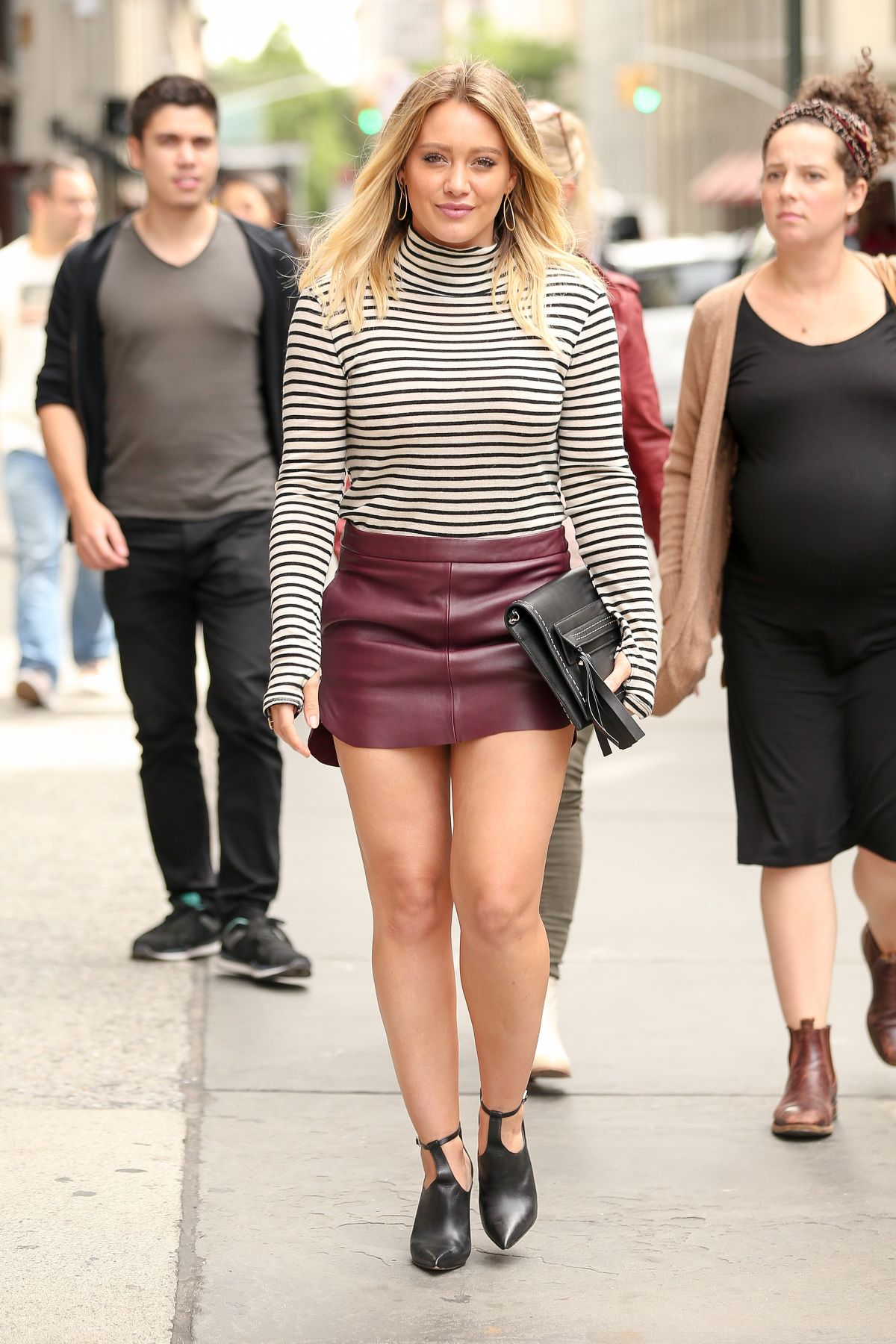 Hilary Duff Heading To Lunch With Friends At Abc Kitchen In New York City