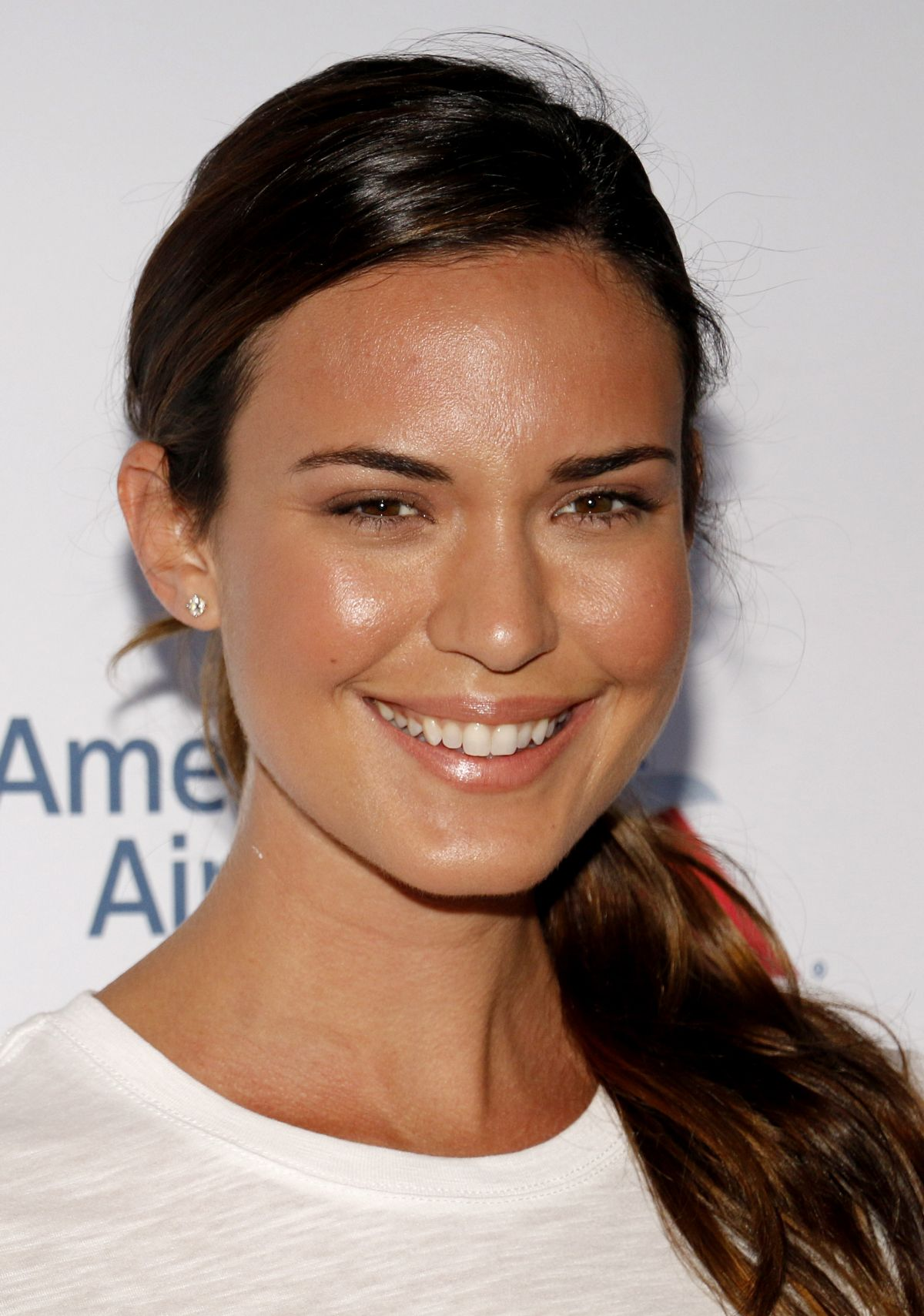 Odette Annable At 5th Biennial Stand Up To Cancer at Walt Disney Concert Hall in Los Angeles, CA   odette-annable-at-5th-biennial-stand-up-to-cancer-at-walt-disney-concert-hall-in-los-angeles-ca_12