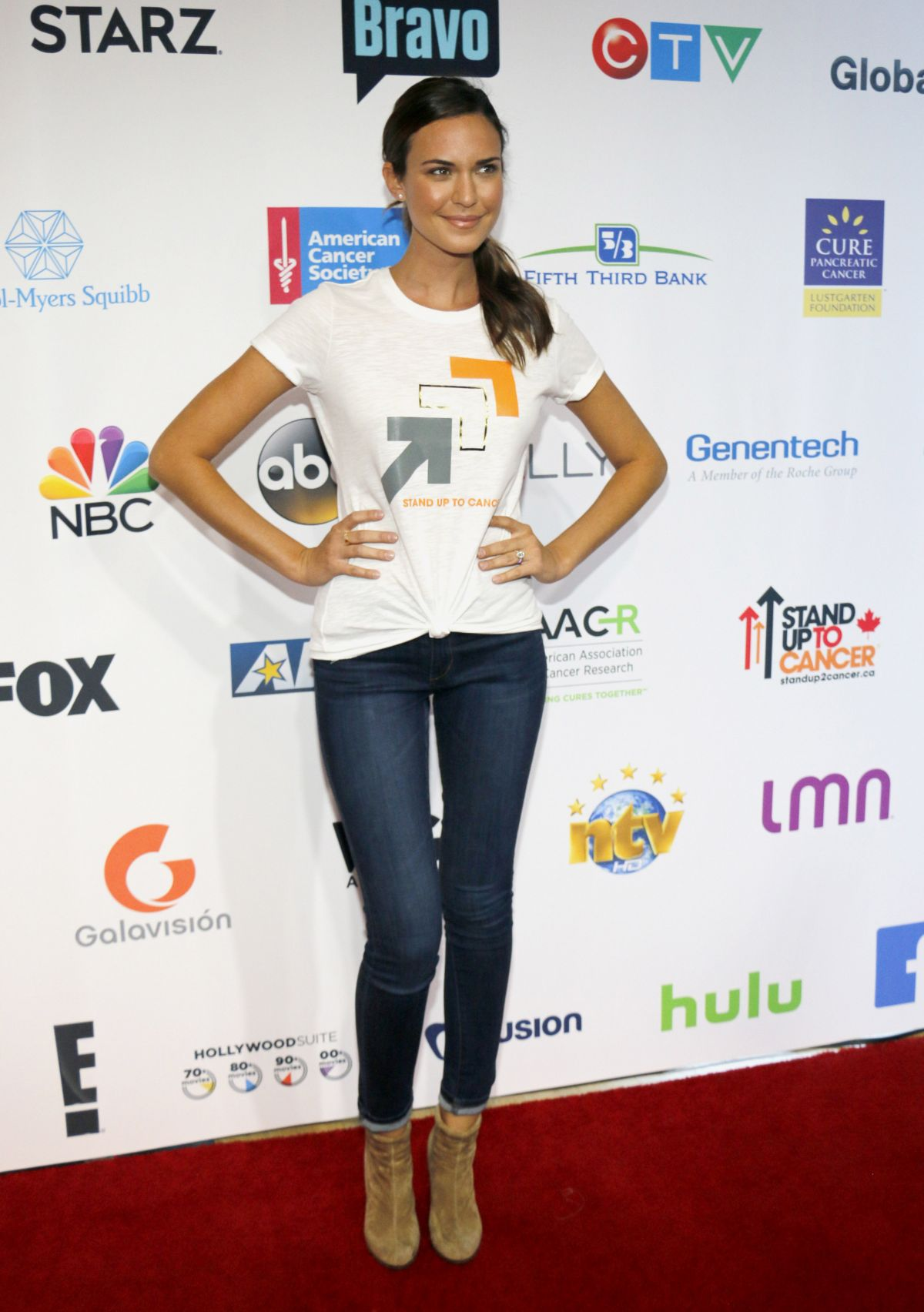 Odette Annable At 5th Biennial Stand Up To Cancer at Walt Disney Concert Hall in Los Angeles, CA   odette-annable-at-5th-biennial-stand-up-to-cancer-at-walt-disney-concert-hall-in-los-angeles-ca_13
