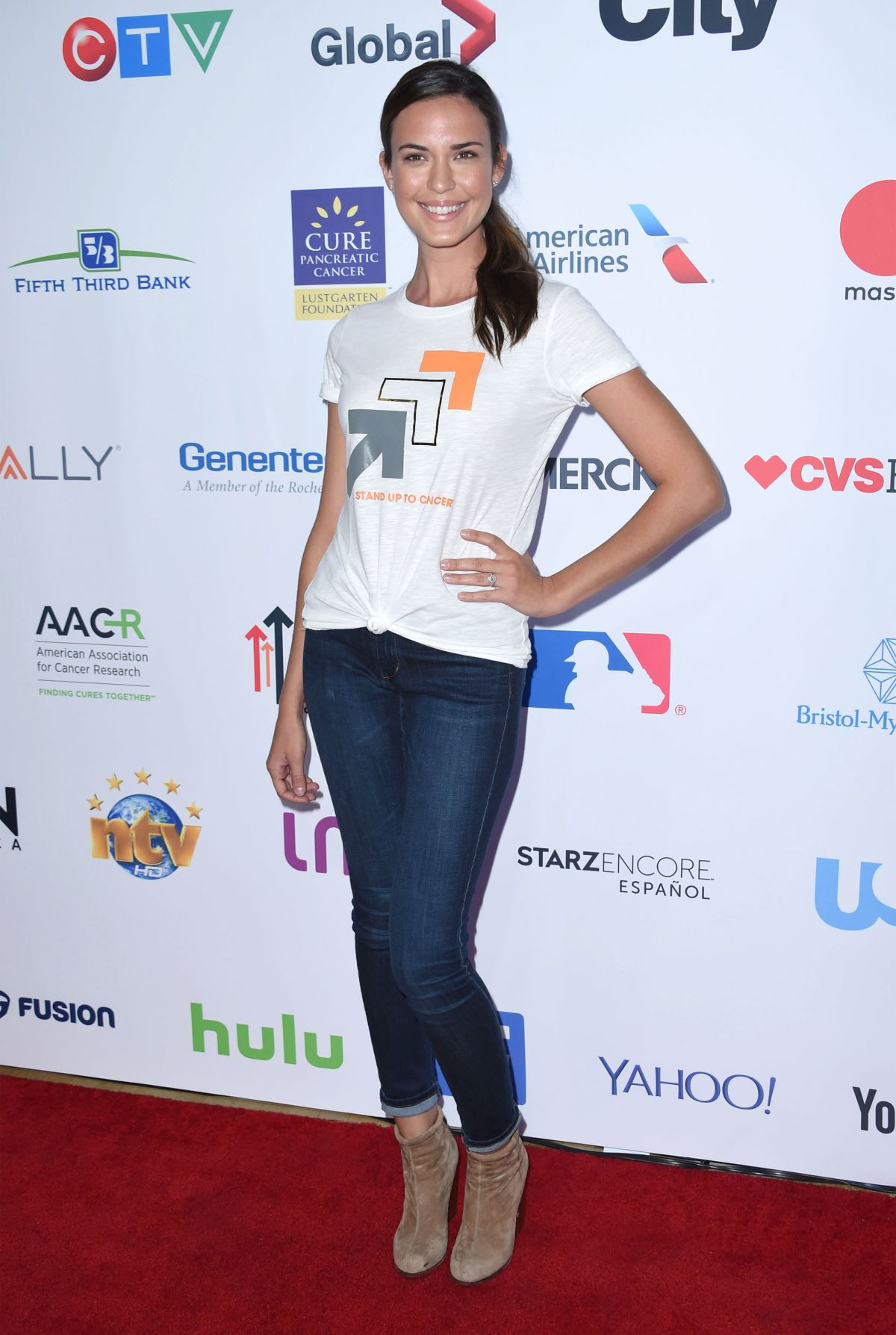 Odette Annable At 5th Biennial Stand Up To Cancer at Walt Disney Concert Hall in Los Angeles, CA   odette-annable-at-5th-biennial-stand-up-to-cancer-at-walt-disney-concert-hall-in-los-angeles-ca_5