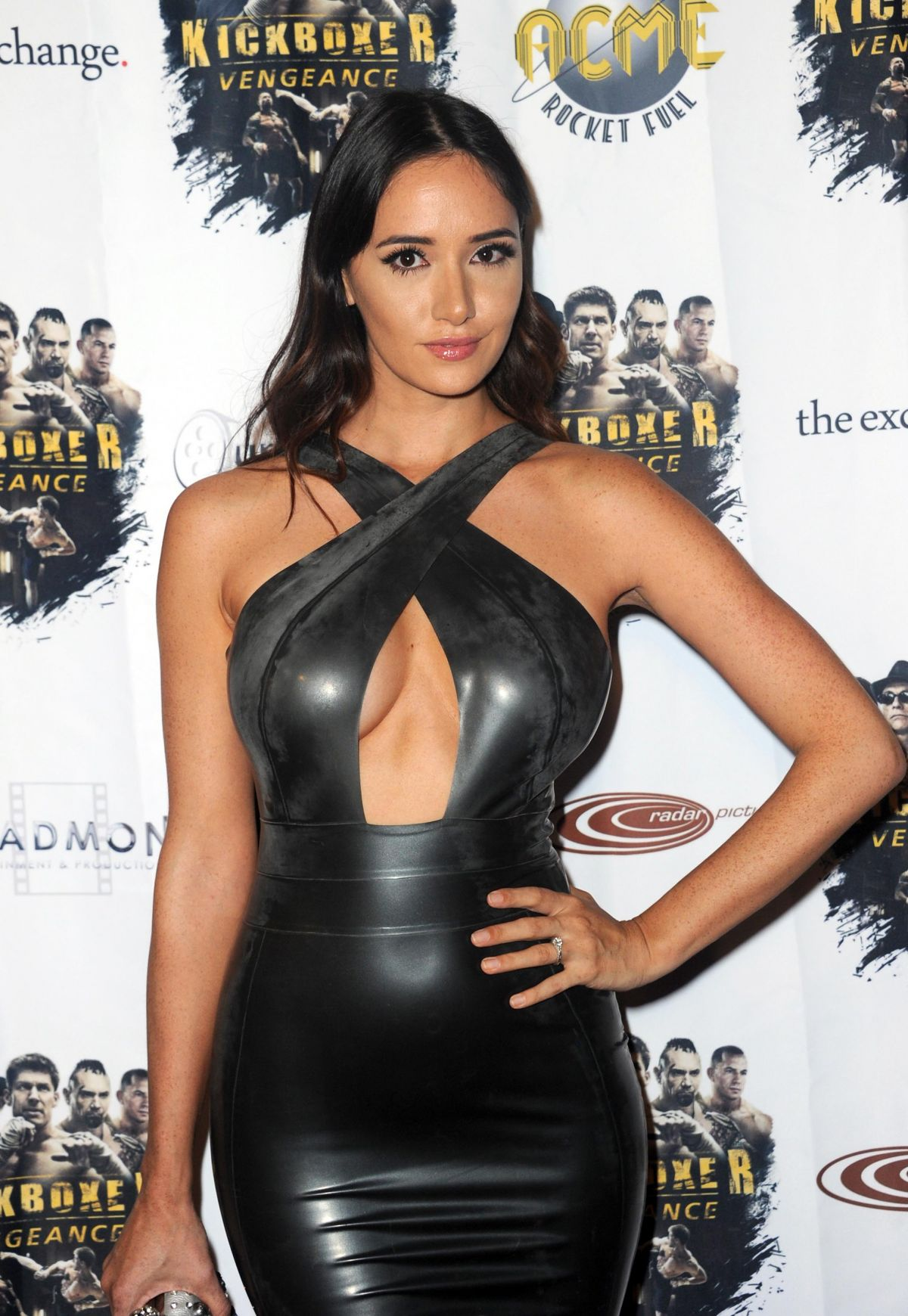 Sara Malakul Lane Attends The Premiere Of Rlj Entertainment S Kickboxer Vengeance At Ipic