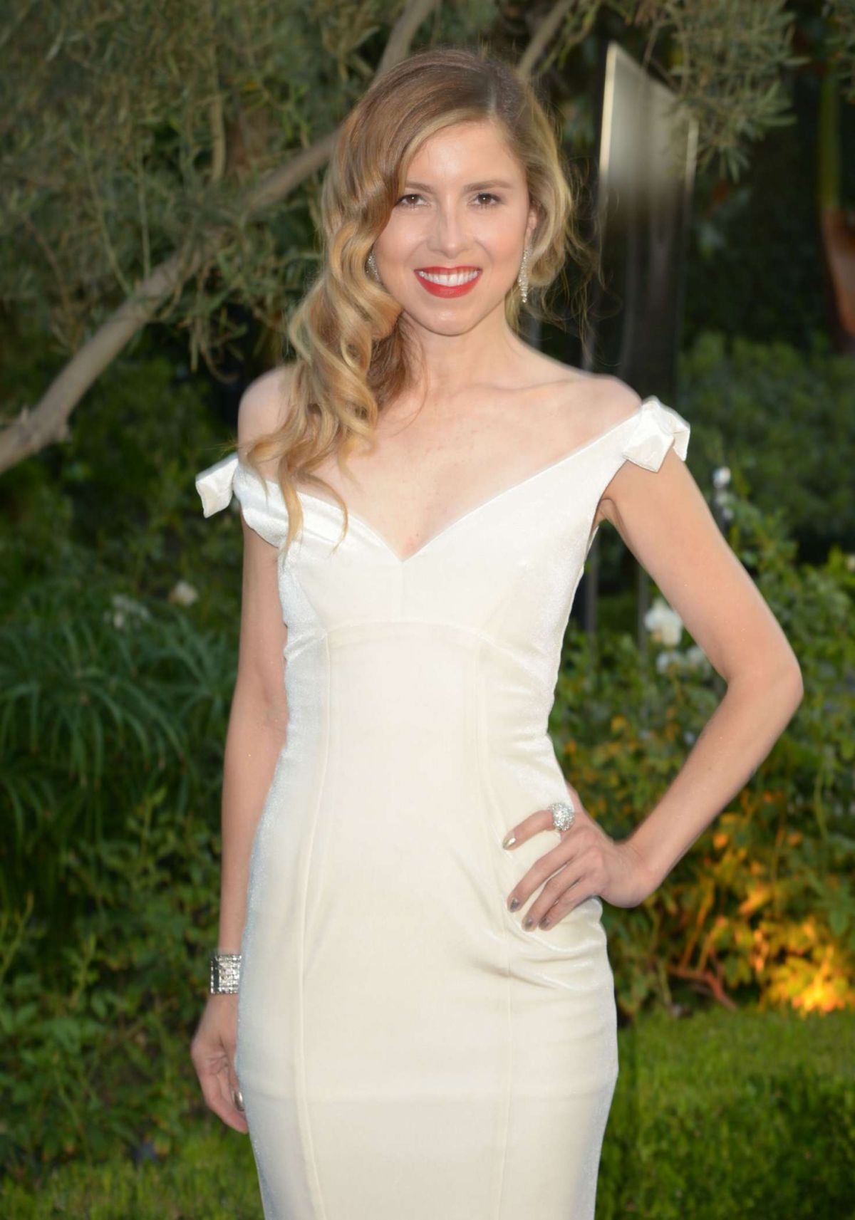 Simone Reyes At Mercy for Animals Hidden Heroes Gala