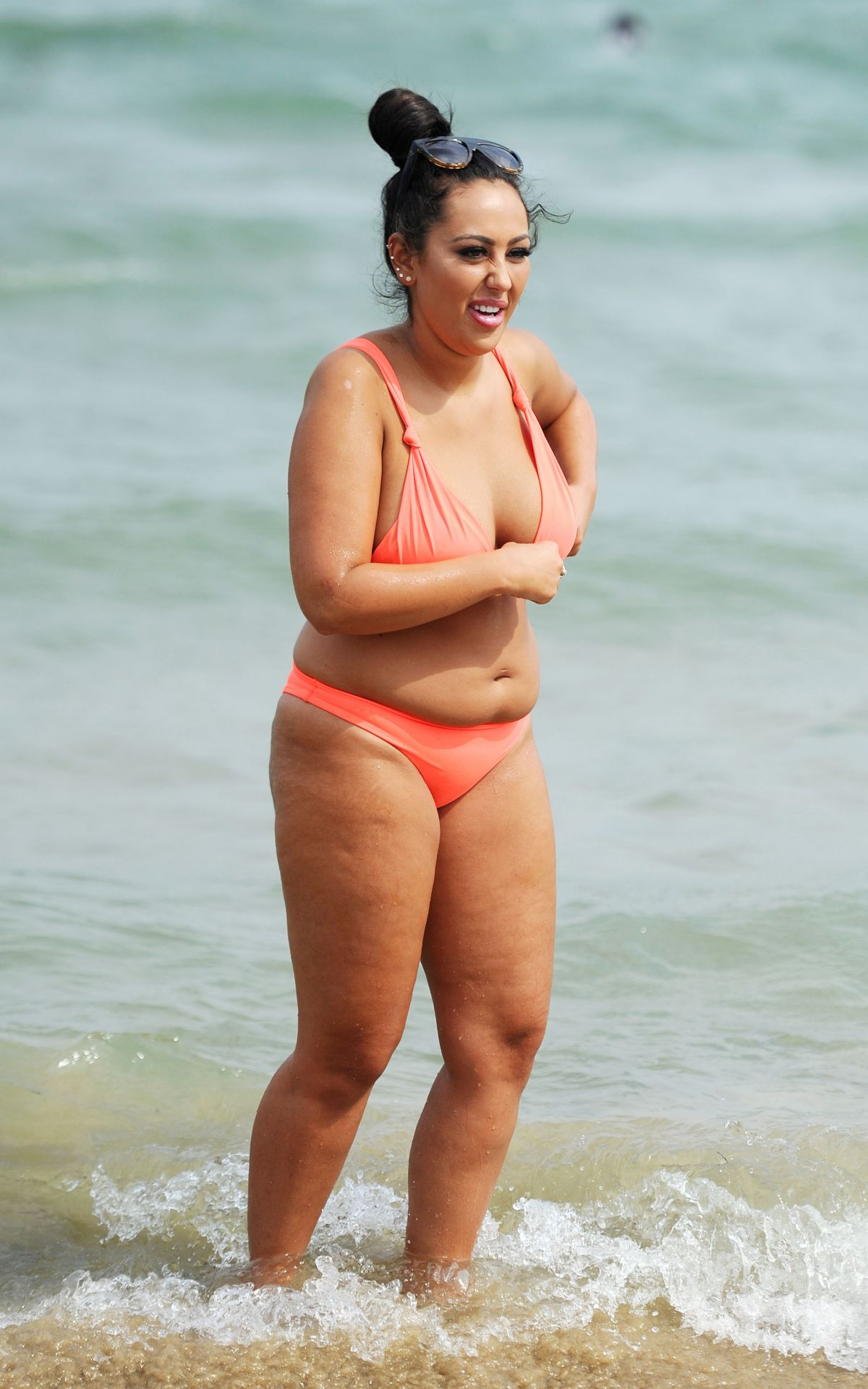 Sophie Kasaei in Pink Bikini on the beach in Lanzarote Pic 34 of 35