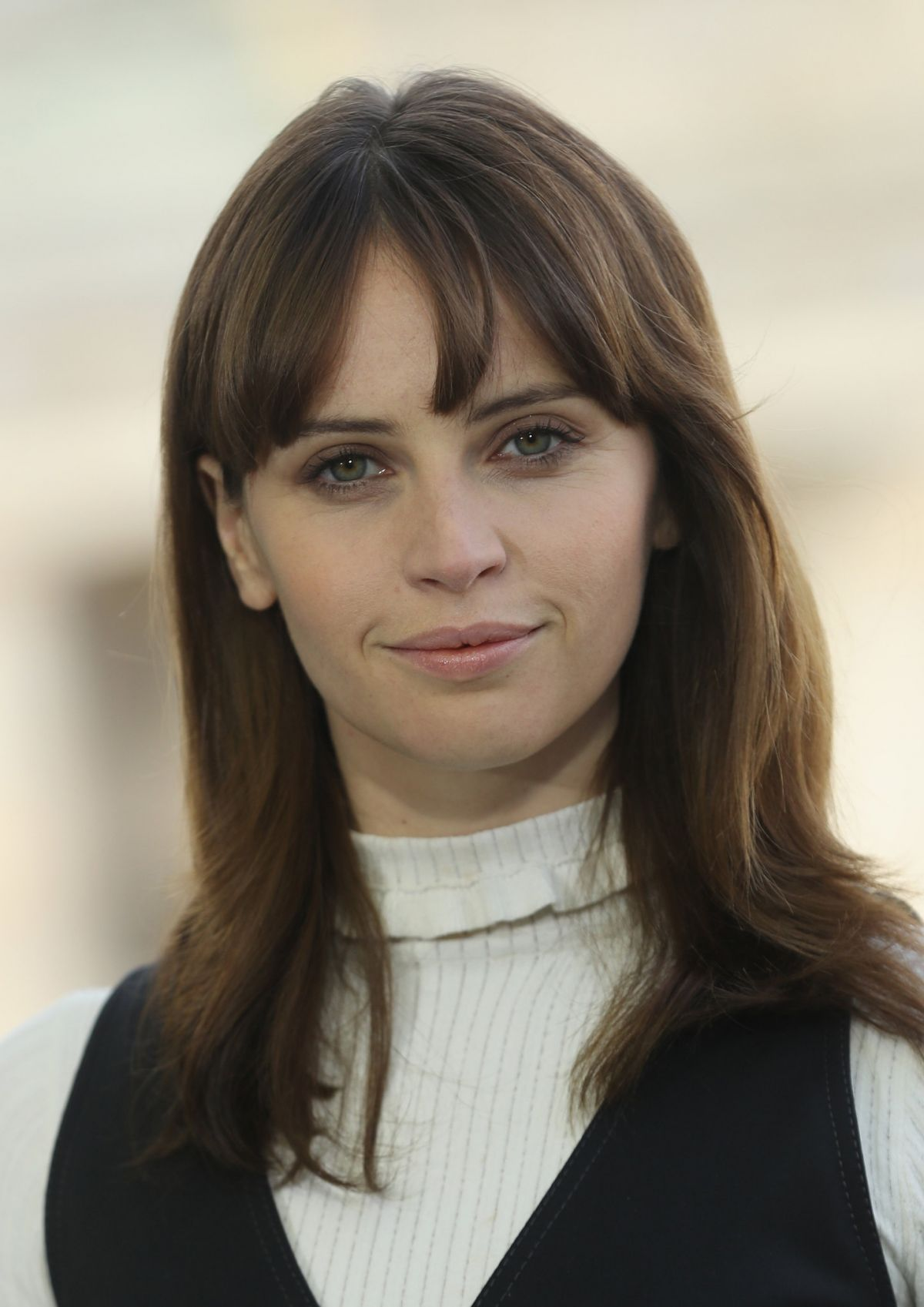 Felicity Jones At Inferno Photocall In Berlin Celebzz