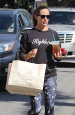 Jennifer Garner Out shopping in Pacific Palisades