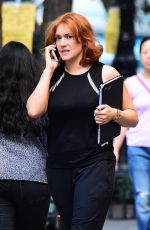 Kate Winslet On Her Mobile while On Set, New York
