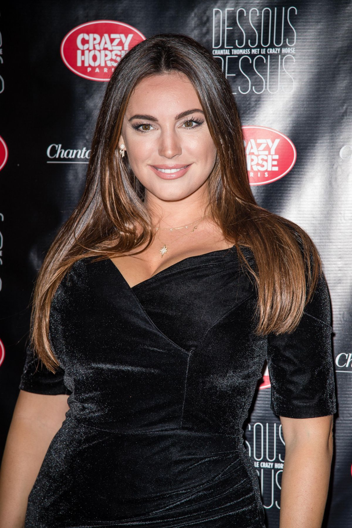 kelly brook at chantal thomass dessous dessus show at le crazy horse in paris celebzz. Black Bedroom Furniture Sets. Home Design Ideas