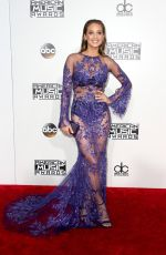 Hannah Davis At 2016 American Music Awards in Los Angeles