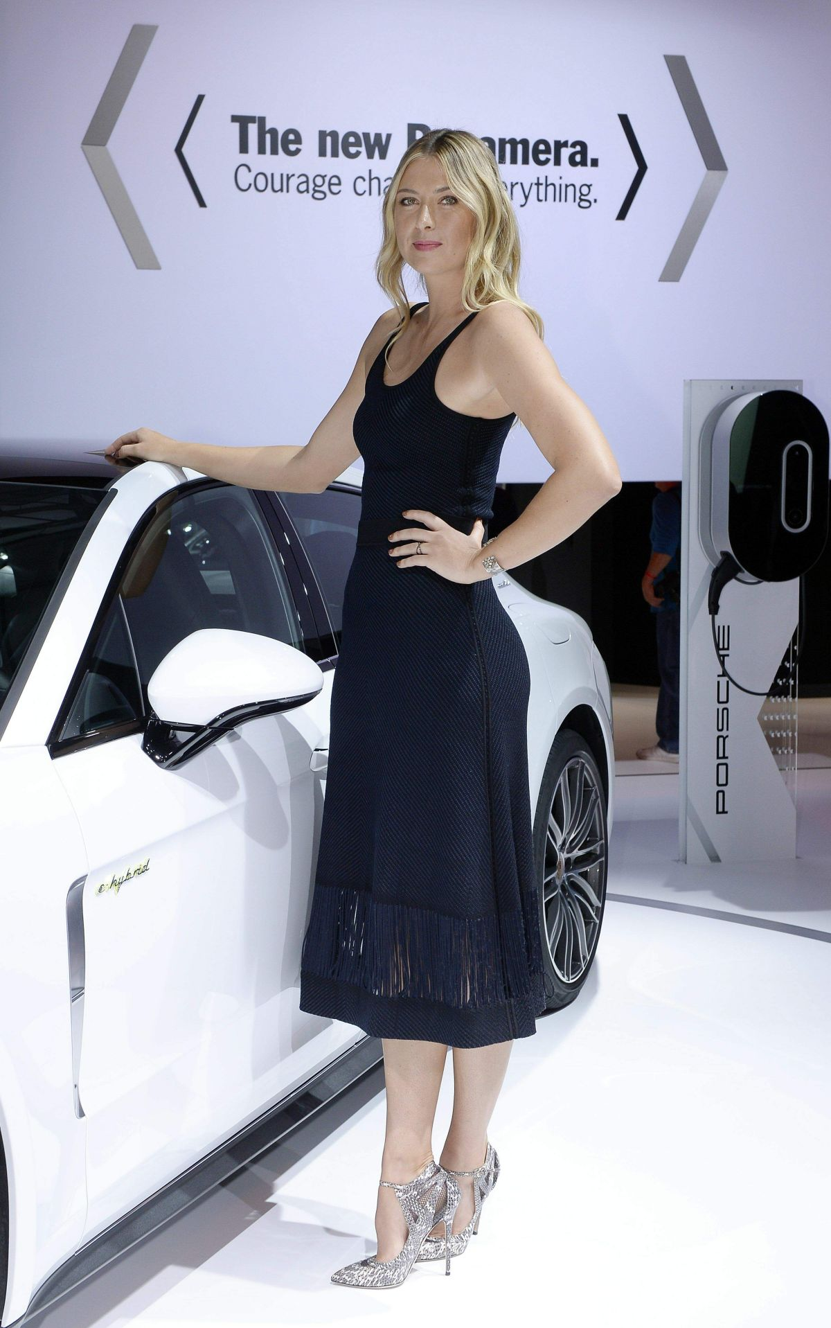 Maria Sharapova At Porsche Press Conference at the Los Angeles Autoshow 187d5064688