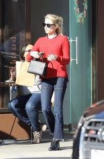 Emma Roberts Grabs some cupcakes at Sprinkles in Beverly Hills